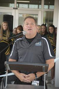 Hodges at podium